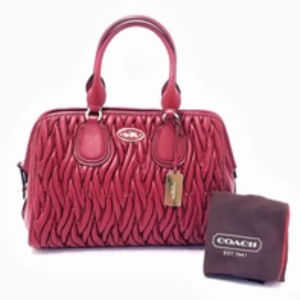 🔥Coach Red Gathered Leather Satchel🔥